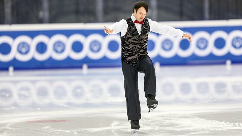 Jonathan Clutterbuck ice skating.