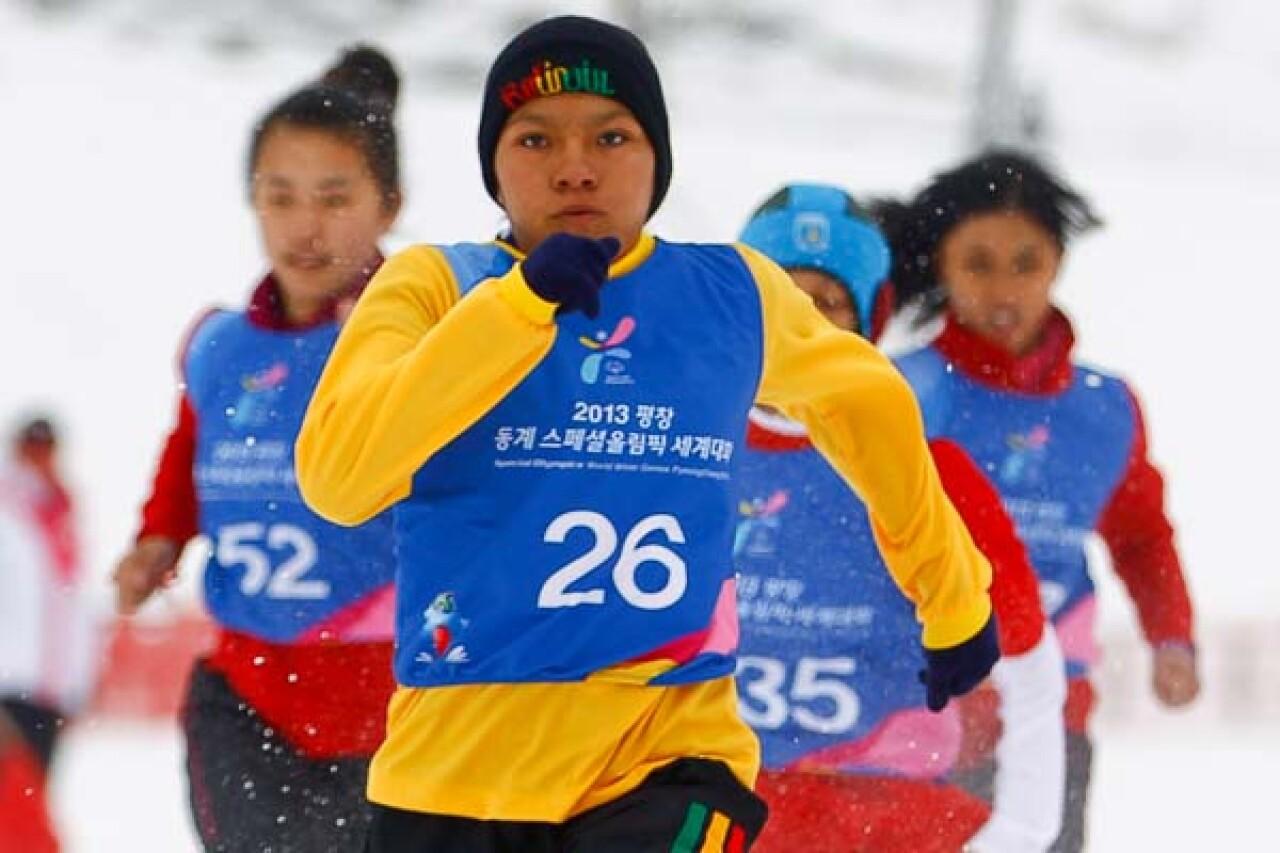 600x400-WWG13-snowshoeing_Diego-Azubel-016-Edit-2.jpg
