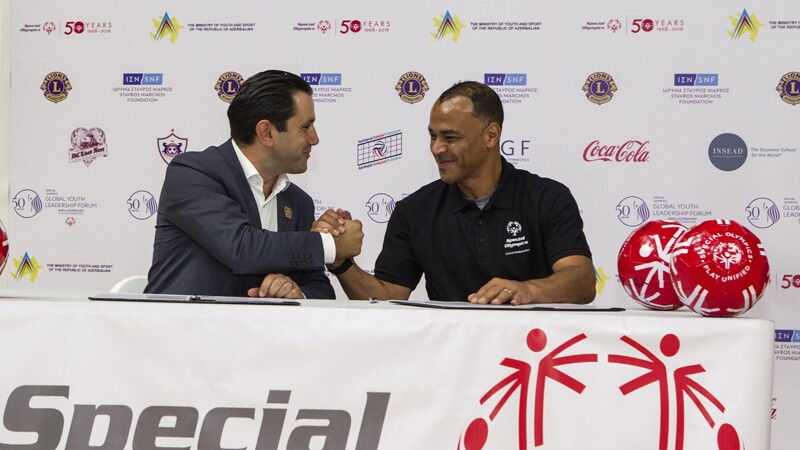 Cafu being welcomed as a Global Ambassador for the Special Olympics at the Global Youth Leadership Forum in Baku