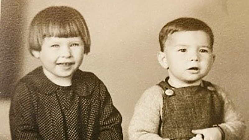 Betty Sue and brother John as children.