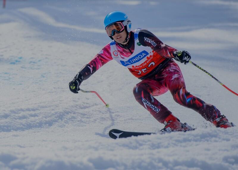 Skiing Banner.jpg