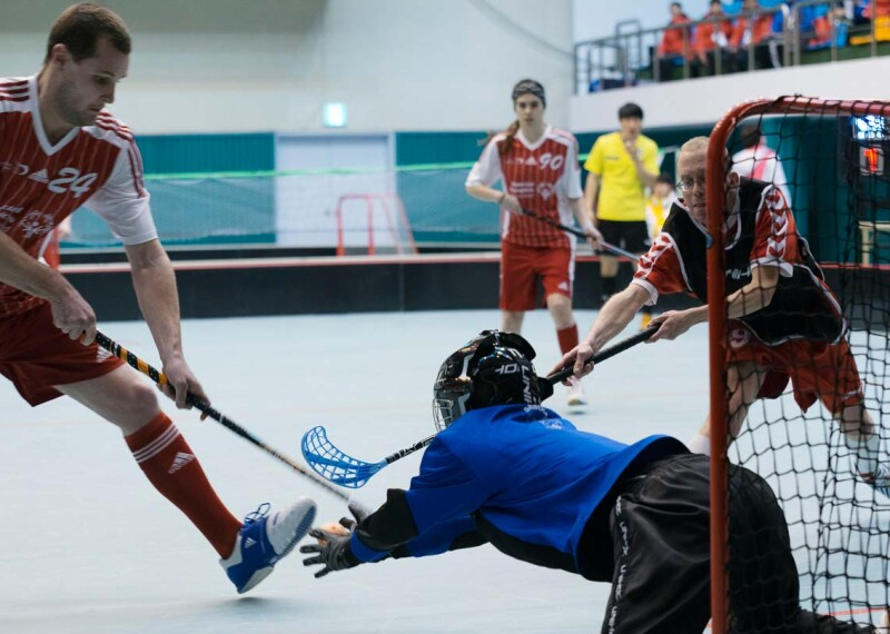 Floorball Lead