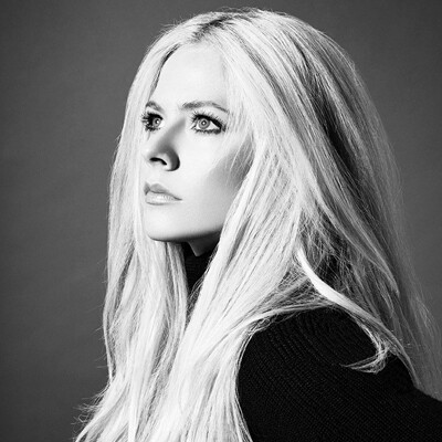 Avril Lavigne black and white professional profile photo.