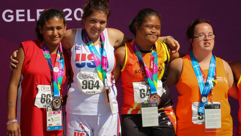 2015 world games track medal stand