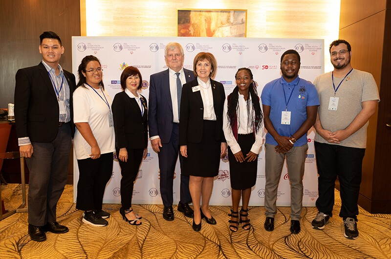 Leo participants at the Special Olympics Global Youth Leadership Forum in Baku meet International President of Lions Clubs International Gudrun Yngvadottir.