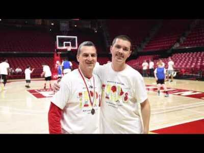 Coach Mark Turgeon