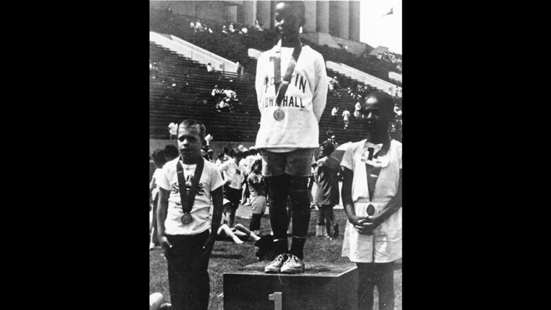10-1968-Medal-Ceremony1000x667.jpg
