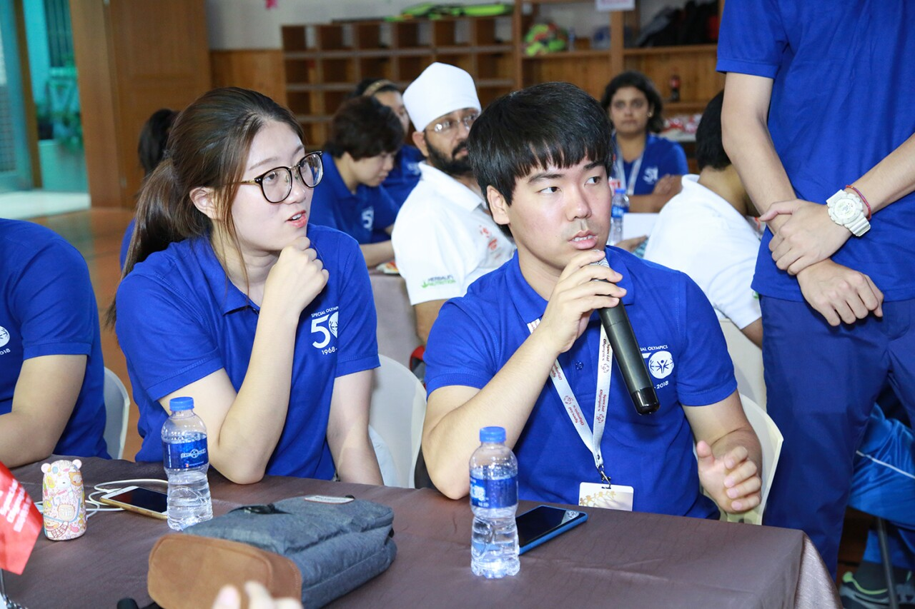 Special Olympics East Asia youth leaders with and without disabilities participate in a youth leadership summit in China.