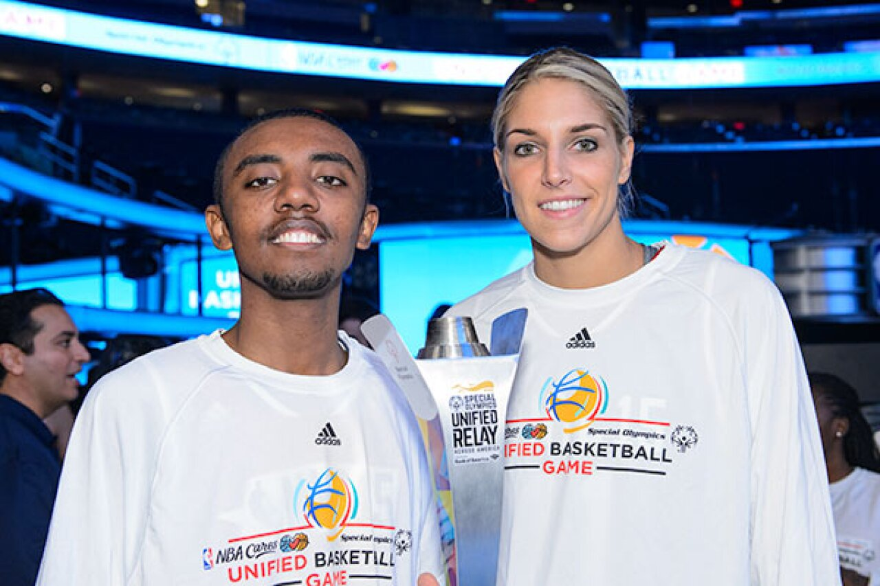 600x400-Elene-and-Abel-Mehari-of-Minnesota-NBA-All-Star-2015-3178.jpg