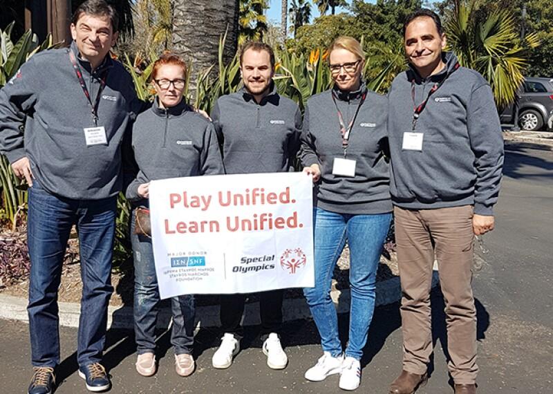 800x450 - SNF artciel lead photo.jpgSasha Stanojevic, Maria Rakova, Tobias Staebler, Milana Jeremic, Vasilis Kasimitis holding a Play Unified. Learn Unified. sign outside in San Diego, CA.