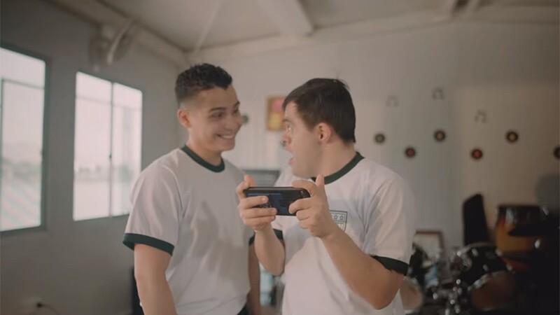 Jaime Cruz and RAVVA in a scene from RAVVA's music video.
