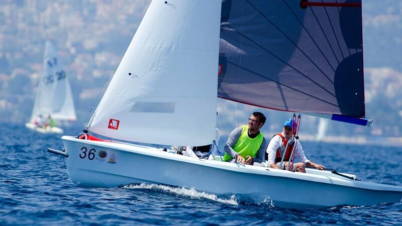 Sailing Lead