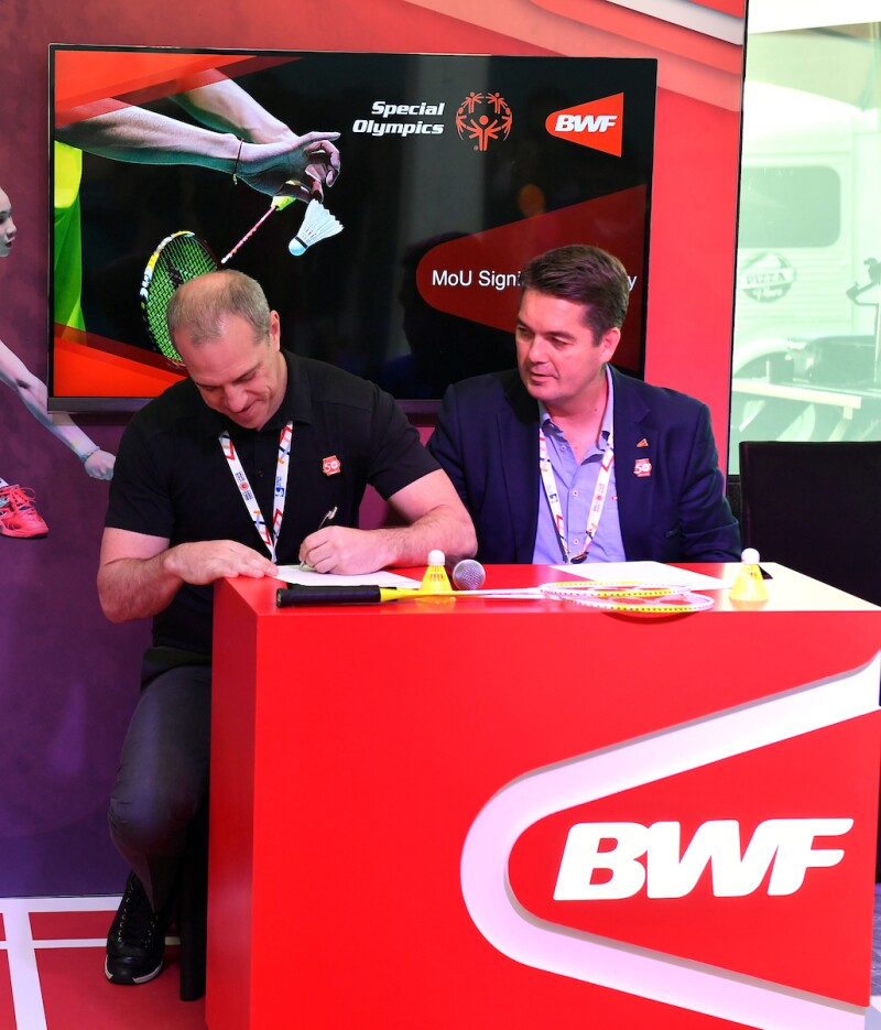 Drew Boshell, Senior Vice President Sport & Health, Special Olympics and Poul-Erik Hoyer (BWF) sign Long-Term Partnership Memo of Understanding