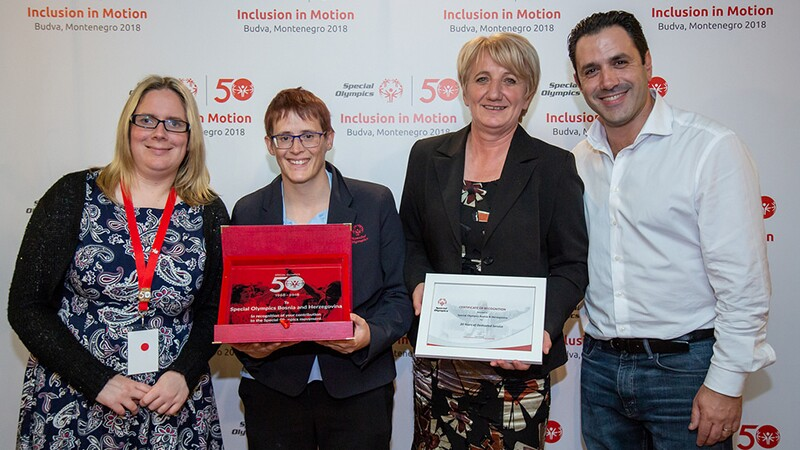 Athlete leaders Claire Adams from Special Olympics Ireland and Johanna Pramstaller from Special Olympics Austria with Kada Delic-Selimovic of Special Olympics Bosnia and Herzegovina and David Evangelista, Special Olympics Europe Eurasia President and Managing Director, at the Leadership Conference 2018.