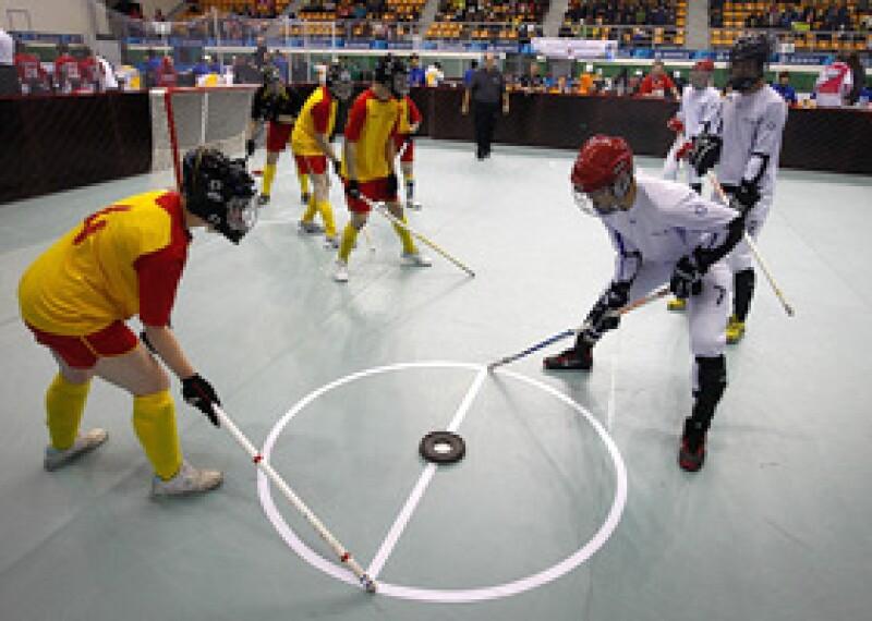 300x200-Floor-Hockey.jpg