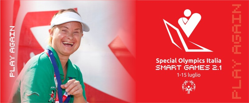 On the left, picture of a woman smiling, wearing a visor and 2 medals around her neck. On the right: Special Olympics Italy Smart Games 2.1 logo with the dates 1 – 15 July.