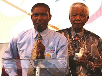 Ephraim Mohlakane pictured with former President of South Africa Nelson Mandela.